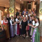 Die Hausfamilie Wolff mit den Hoheiten und den Ehrengästen des Abends